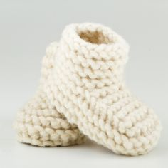 CHILOTE BABY SHOES  100% hand made in Patagonia with natural sheep wool and up-cycled salmon leather.
