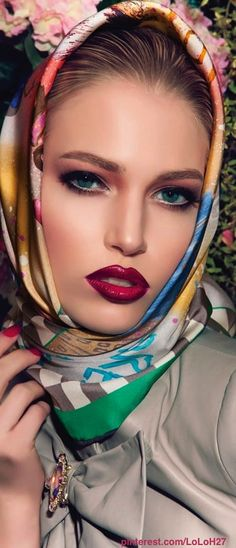 Love the lipstick color. Will look good on all skin tones.