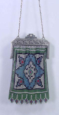 Antique-1920s-Flapper-Whiting-Davis-Art-Deco-Colorful-Enamel-Mesh-Purse-Bag