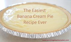 banana pie This is the easiest creamiest Southern Banana Cream Pie recipe you'll ever make! It's a true touch of the south right in your kitchen! Banana Cream Pie Cake, Banana Pie Recipe, Just Desserts, Delicious Desserts, Yummy Food, Pie Dessert, Dessert Recipes, Cream Pie Recipes, Milkshakes