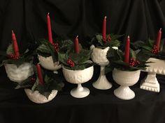 Tea centerpieces Christmas Tea, Country Christmas, All Things Christmas, Vintage Christmas, Christmas Holidays, Christmas Wreaths, Christmas Crafts, Christmas Ornaments, 1950s Christmas