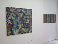 "Ausstellung ""Bernhard Paul ohne_ton""  Werke: Bernhard Paul, modus 05, 2014, Acryl auf Leinwand, 110 x 110 cm Bernhard Paul, ES_03, 2015, Acryl auf Leinwand, 55 x 110 cm (zweiteilig)"