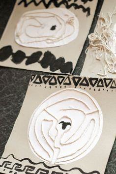 ancient greek mythology inspired labyrinth pictures - or do STEM marble maze with minotaur pic in middle Ancient Greece For Kids, Ancient Greek Art, Ancient Greece Ks2, Ancient Greece Crafts, Egyptian Art, Ancient Egypt, Greek Crafts, Greek History, Ancient History