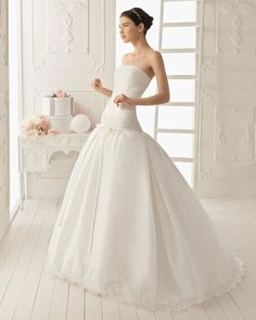 2013 wedding dress Aire Barcelona bridal gowns rinna
