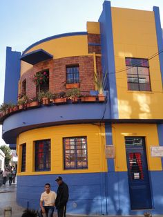 colorful house in Bogota, Colombia