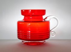 Art Of Glass, Red Glass, Glass Design, Design Art, Red Architecture, Red Bedding, Red Jewelry, Mid Century Modern Design, Retro Art