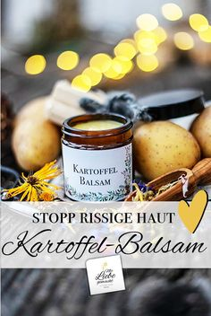 Einfacher Kartoffelbalsam bei rissiger und trockener Haut No more cracked hands and feet with the potato balm. Simply homemade and made from potato peels! Homemade Skin Care, Diy Skin Care, Healthy Skin Care, Healthy Foods To Eat, Natural Skin Care, Natural Health, Cracked Hands, Fashion Business, Peeling Potatoes