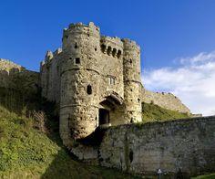 Carisbrooke Castle, Isle of Wight   10636064_10152359172760748_1629690233562671309_n.jpg (960×800)