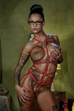 Bonnie Rotten; Born; Alaina Hicks, May 9, 1993 Other names; Dixie, Home town; Hamilton, Ohio, United States Height; 5 ft 7 in (1.70 m) Weight; 105 lb (48 kg; 7.5 st):