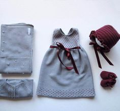 We make in anti-alam . Knit Baby Dress, Crochet Baby Clothes, Cute Baby Clothes, Baby Outfits, Kids Outfits, Little Fashion, Baby Girl Fashion, Knitting For Kids, Baby Knitting Patterns