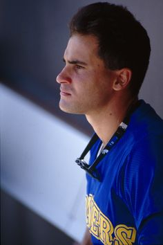 """Little O"" - Omar Vizquel, Mariners Shortstop, 1989-1993"