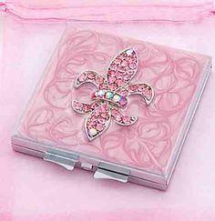 Fleur de lis .....  Pink!
