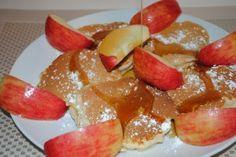 Apple pancakes Pancake Pictures, Waffles, Pancakes, French Toast, Turkey, Apple, Breakfast, Food, Apple Fruit