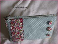 Trousse Liberty et étoiles Diaper Bag, Bags, Sew, Atelier, Handbags, Diaper Bags, Taschen, Purse, Purses