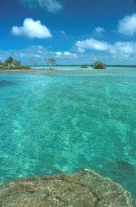 Bacalar, Quintana Roo, Mexico. La laguna de los siete colores.