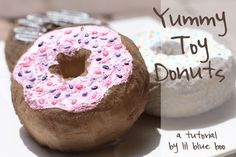 How to make toy donuts DIY Tutorial via lilblueboo.com would be perfect as a donut box for aspiring bakers