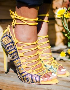 Look at the details! This ShoeDazzle woven lace-up open-toe sandals is so chic! And it's super affordable too!! Fashion blogger   ShoeDazzle   Yellow heels   Trendy heels   Fall fashion   black bloggers   (affiliate)