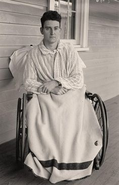 Injured World War I Soldier Here for your consideration is an aesthetic image of Injured World War I Soldier. It was created between 1913 and 1918 by Harris & Ewing
