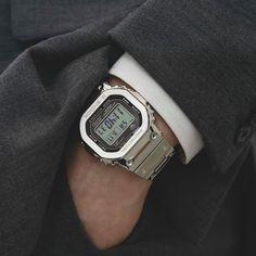 CASIO G-Shock affordable watches for men! G Shock Watches, Sport Watches, Cool Watches, Watches For Men, Casio Vintage, Vintage Watches, Casio G-shock, Casio Watch, Affordable Watches