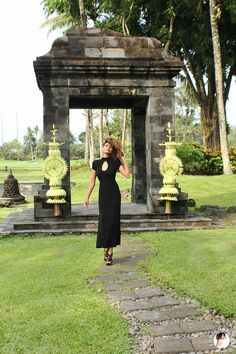 The Global Girl Travels: Ndoema at the Hyatt Regency Yogyakarta in Indonesia. A green oasis in the island of Java. Black maxi dress by Tadashi Shoji.
