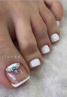 Pretty Toe Nails, Cute Toe Nails, Hot Nails, Gorgeous Nails, Pedicure Nail Designs, Toe Nail Designs, Manicure And Pedicure, Gel Toe Nails, Toe Nail Art