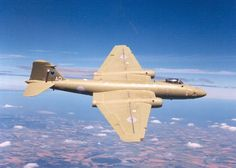 October 10, 1953: An RAF English Electric Canberra wins the Christchurch Centenary air race, flying 11,792 miles (18,976 km) from England to New Zealand in 23 hours 50 min.