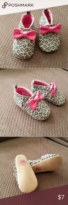 Baby Moccasins Cheetah print gray and pink moccasins. Size 0-6months, worn once. Sears Shoes Moccasins
