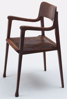 Richard Riemerschmid. Armchair. 1898-99, this means it's actually a 19th century design..!