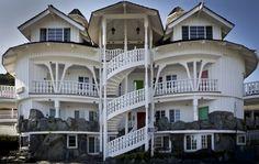 The Madonna Inn rooms