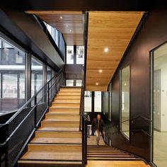 veredas.arq.br --- Pin Inspiração Veredas Arquitetura--- #project #architecture #arquitetura Gallery of Welfare Centre for Children and Teenagers / Marjan Hessamfar & Joe Vérons - 3