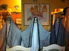 This is a twist on the tomato cage ghosts ! Cost around $2.25 a piece to make