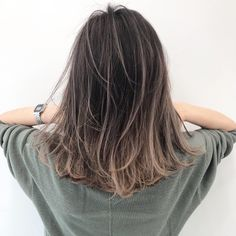 103 trendy brown hair color ideas you can try brown hair colors, brown hair with… - All For Hair Color Balayage Brown Hair Shades, Brown Hair With Blonde Highlights, Brown Hair Balayage, Brown Ombre Hair, Ombre Hair Color, Brown Hair Colors, Hair Highlights, Korean Hair Color Brown, Hair Color Streaks