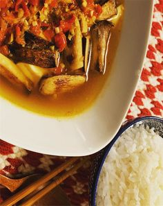 Find and share everyday delicious and quick recipes. Perfect food and drink ideas Organic Recipes, Ethnic Recipes, Tofu, Thai Red Curry, Spicy, Vegan, Vegans, Organic Dinner Recipes