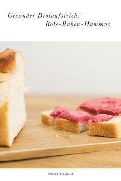 Was schmiere ich dem Baby auf das Brot? Mit diesem gesunden Brotaufstrich wird es pink. Cremiger Hummus trifft auf rote Rüben und macht es sich auf dem Brot bequem. Dieses Rezept ist eine gesunde Alternative zu Butter & Co, macht sich aber auch in vielen Snacks, Cheesecake, Butter, Panama, Desserts, Pink, Baby, Led, Hummus Recipe