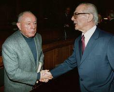 """Stasi-Boss Erich Mielke, Regierungschef Erich Honecker: """"Viele in der DDR..."""