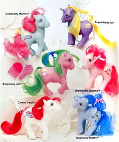 Serious question for US Pony people: what is a Boysenberry? We in the UK call the unicorn Blackberry Pie & I had her from new as a child. Original My Little Pony, All My Little Pony, Vintage My Little Pony, 1980s Toys, Retro Toys, Vintage Toys, 1980s Childhood, Childhood Memories, Purple Bird