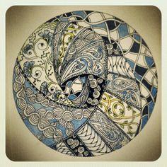 Circle spiral Zentangle string - then filled in Tangle Doodle, Tangle Art, Zen Doodle, Doodle Art, Zentangle Drawings, Doodles Zentangles, Zentangle Patterns, Mandala Art, Mandala Design
