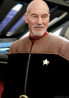 Captain Jean-Luc Picard from Star Trek the Next Generation! Star Trek 1, Star Trek Crew, Star Trek Series, Star Trek Enterprise, Star Trek Voyager, Star Trek Original, Akira, Star Trek Captains, Sir Anthony Hopkins
