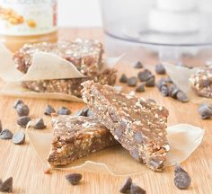 Copycat Peanut Butter Chocolate Chip Larabars #recipe from TheWannabeChef.com {dates, peanuts, peanut butter, chocolate chips}
