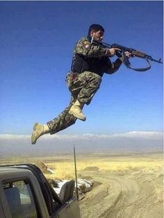 #Media #Oligarchs #MegaBanks vs #Union #Occupy #BLM #Humanity   #YPG Fighter - On the Front Line Against #ISIS ( American backed kurdish forces in Syrian ) #ypg #ypj #qsd #SDF #KOBANE #KOBANI #DAESH #isil   https://twitter.com/kurdistannews24/status/826860876946763777
