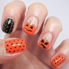Super Cute Halloween Nails!  #Halloween #Nails #Cute #Orange #Black #GreenStriper #POLKADOTS