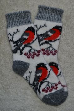 Traditional Knitted  WOOL SOCKS - Folk Art, Fair Isle, Bullfinch Birds, size M-L