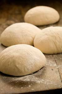 Paula Deen's pizza dough recipe -another pinner said: the best homemade pizza dough I've ever had Pizza Recipes, Bread Recipes, Baking Recipes, Bread Baking, Love Food, Biscuits, The Best, Food To Make, Delish