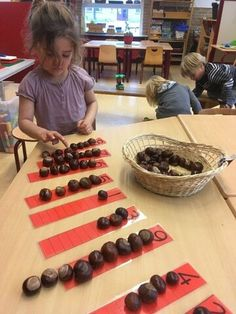 Maths Eyfs, Eyfs Classroom, Nursery Activities, Preschool Learning Activities, Montessori Activities, Autumn Activities, Preschool Activities, Kids Learning, Numeracy