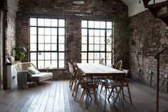 my scandinavian home: Workspace inspiration: an industrial style collaborative space Ercol Furniture, Rue Verte, Old Wood Floors, English Decor, Workspace Inspiration, Scandinavian Home, Eclectic Decor, Wabi Sabi, Architecture