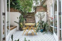 Richmond Road, London E8 - Aucoot Outdoor Decor, Outdoor Living, London Apartment, Lovely Apartments, Victorian Townhouse, Basement Apartment, Vintage Apartment, Sweden House, Bright Apartment