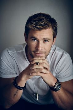 Those blue eyes, that little smile, that mouth--oh my. Chris Hemsworth is the inspiration for the alpha male character in my new erotic romance due to be published in early Chris Hemsworth Thor, Hot Actors, Actors & Actresses, Beautiful Boys, Gorgeous Men, Hemsworth Brothers, Roman, Cool Hairstyles For Men, Men In Kilts