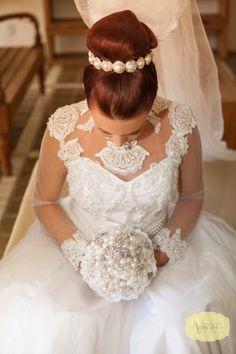 Confraria das Noivas por Ana Carolina Acioli