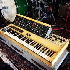 Synthesizer website dedicated to everything synth, eurorack, modular, electronic music, and more. Music Pics, Music Images, Drum Accessories, Electric Piano, Recording Studio Design, Recording Equipment, Drum Machine, Emotion, Pianos