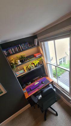 Interior Design Inspiration, Room Inspiration, Computer Desk Setup, Small Workspace, Bedroom Setup, Game Room Design, Gamer Room, Extra Rooms, Pc Setup